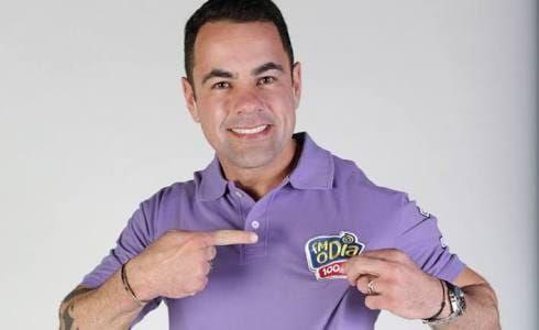 Tino Junior, apresentador do Balança Geral na TV RECORD, parabeniza Alfredo Cartilha
